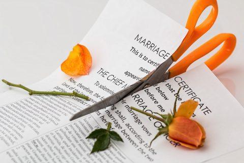 Mențiuni divort