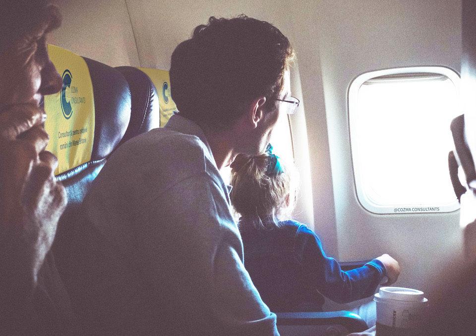 Declarație pentru călătoria copilului fără părinți - Programare Consulat